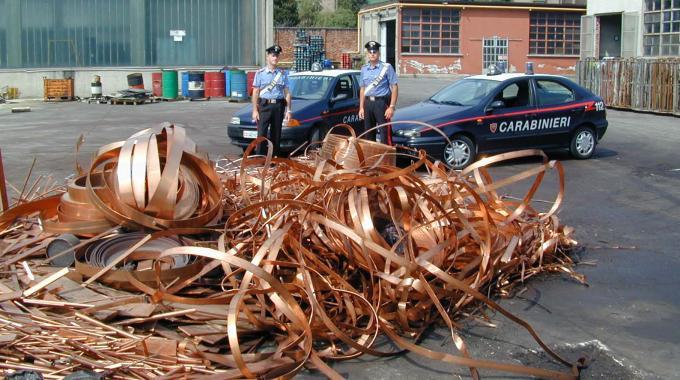Rame, ancora un furto al centro direzionale Alitalia: 3 arresti