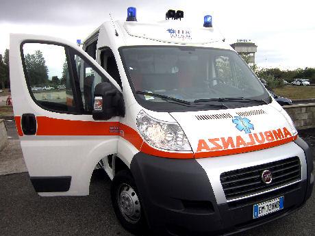 Incidente su via Pontina, un ferito e 4 chilometri di coda
