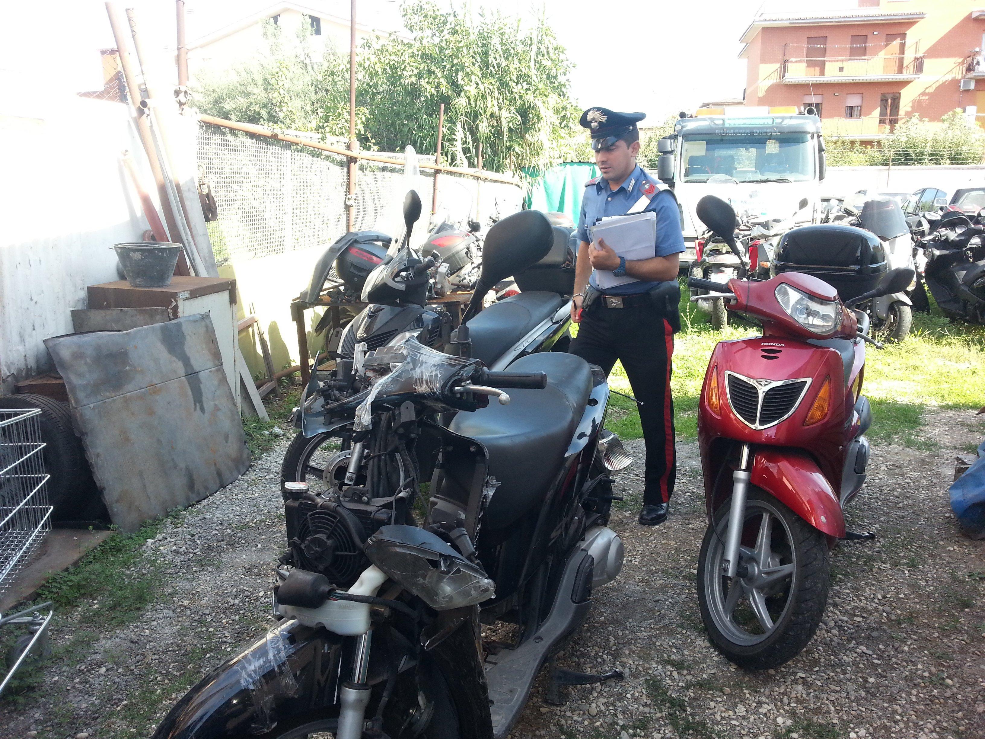 TOR BELLA MONACA/Carabinieri arrestano ladri di auto e moto