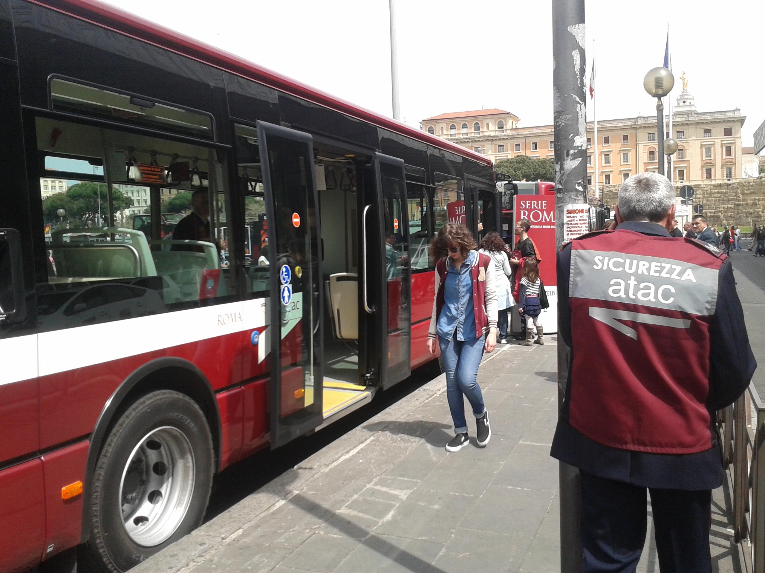 Trasporto pubblico, Ferrovie pronta a entrare in Atac Ma il Campidoglio si accontenta di una partner...