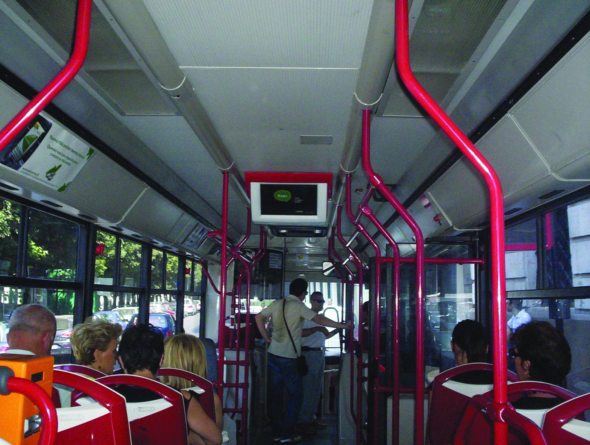 """Autista di autobus picchiato e insultato da un cittadino marocchino: """"sei uno sporco italiano"""""""