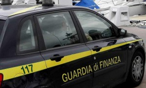 Emettevano false fideiussioni: 9 arrestati e 9 milioni sequestrati
