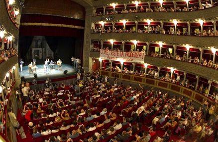 Aprirà il museo della città e sarà ristrutturato il Teatro Valle: la promessa del Comune che apre ai...
