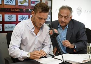 Champions, Totti: