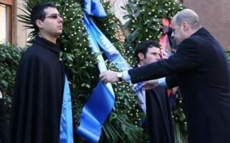 Cassino, Zingaretti depone corona al Monumento dei caduti
