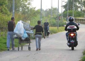 Magliana (e dintorni) in rivolta: mandate via i rom