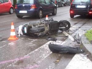 Incidente a Supino, motorino contro auto nel frusinate: grave trentenne
