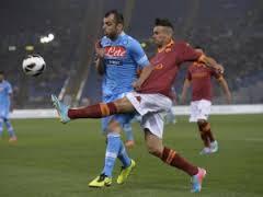 Roma-Napoli all'Olimpico. Ma si gioca venerdì