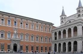 IL CASO PRIEBKE/ L'avvocato: se il Vicariato vieta la Chiesa pronti a funerali in strada