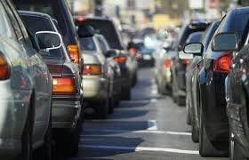 Vigili in assemblea, traffico in tilt. Una follia