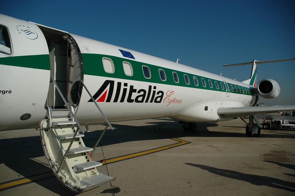 Incendio Fiumicino, Alitalia: