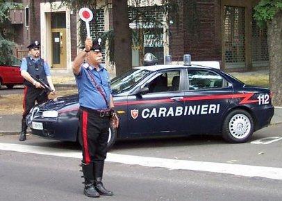 PRATI FISCALI/Guida autocarro senza una ruota e non si ferma all'Alt. Arrestato