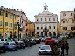 VITERBO/Assunzioni pilotate a Civita Castellana, la parentopoli dei consiglieri comunali