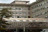 Tbc al Gemelli, infermiera parte civile
