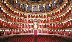 Opera, Carreras: