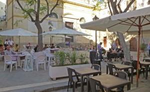 Tavolino selvaggio, trovato l'accordo tra ristoratori di Campo de' Fiori e il Comune