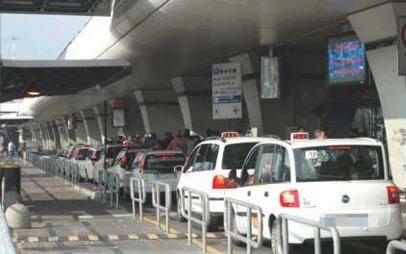 Taxi, da lunedì in vigore un nuovo turno: la decisione dell'assessorato alla Mobilità