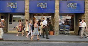 """TERMINI/Apre """"Sapori e dintorni"""", 1° store di eccellenze alimentari italiane"""
