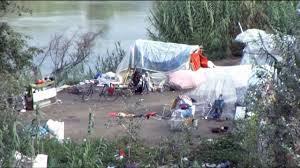 MAGLIANA - OSTIENSE/Sono tornate le baracche dei rom