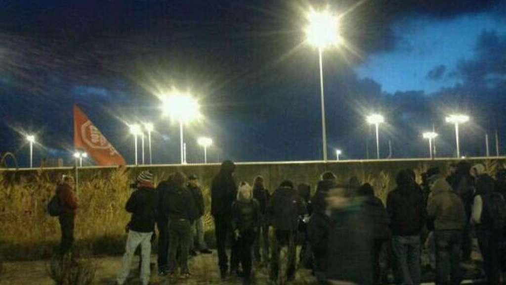 Protesta Cie, gli immigrati sospendono lo sciopero della fame