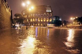 Roma, ferita, insorge: dateci un sindaco vero