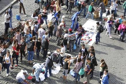 Sicurezza, a Roma è allarme abusivismo