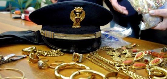 Scoperta banda di ricettatori, recuperati gioielli per 100mila euro