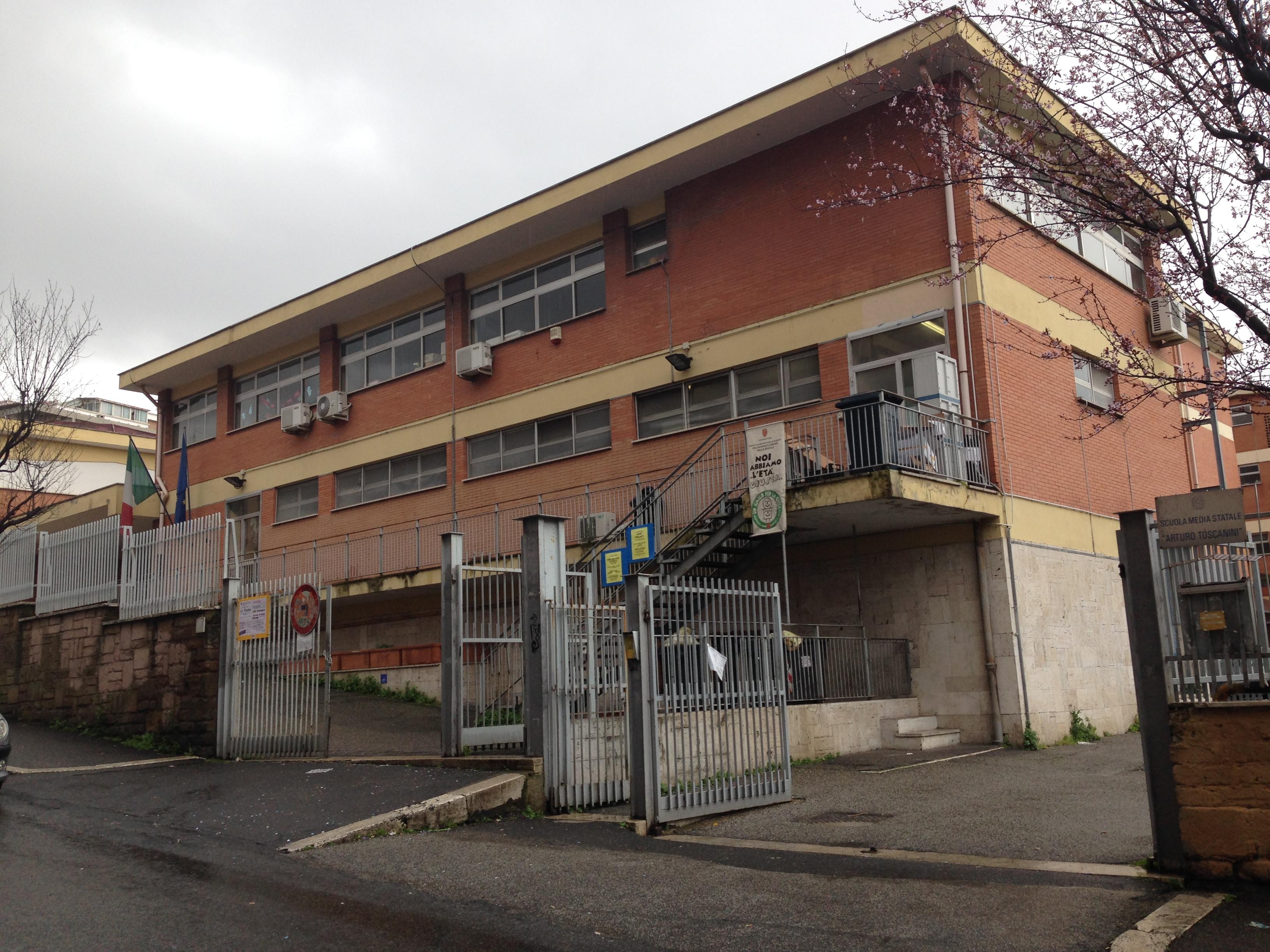 """COLLI PORTUENSI/Terzo furto nella scuola """"Lola Di Stefano"""""""