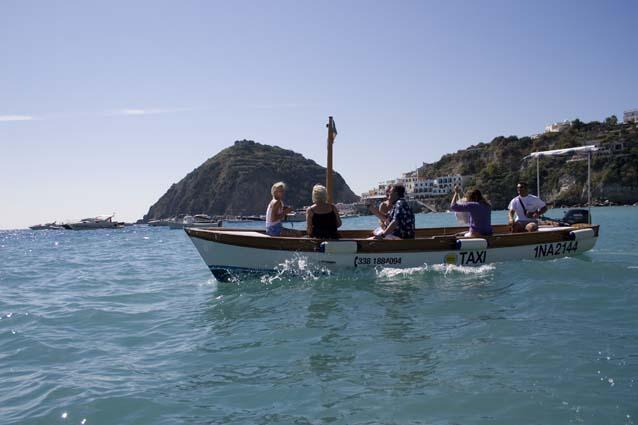 PONZA/Taxi boat con gozzi elettrici