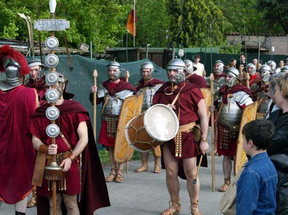 Stop ai centurioni anche in Vaticano
