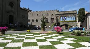 San Pellegrino in Fiore, Viterbo vi stupirà