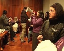 IL PUNTO/Il lato violento delle occupazioni e le lacrime di coccodrillo del sindaco