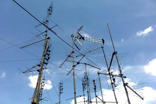 La Cna lancia l'operazione tetti puliti: via le antenne