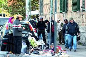 Degrado inarrestabile a Prati, tornano gli abusivi a Borgo Pio e i nomadi all'Oftalmico