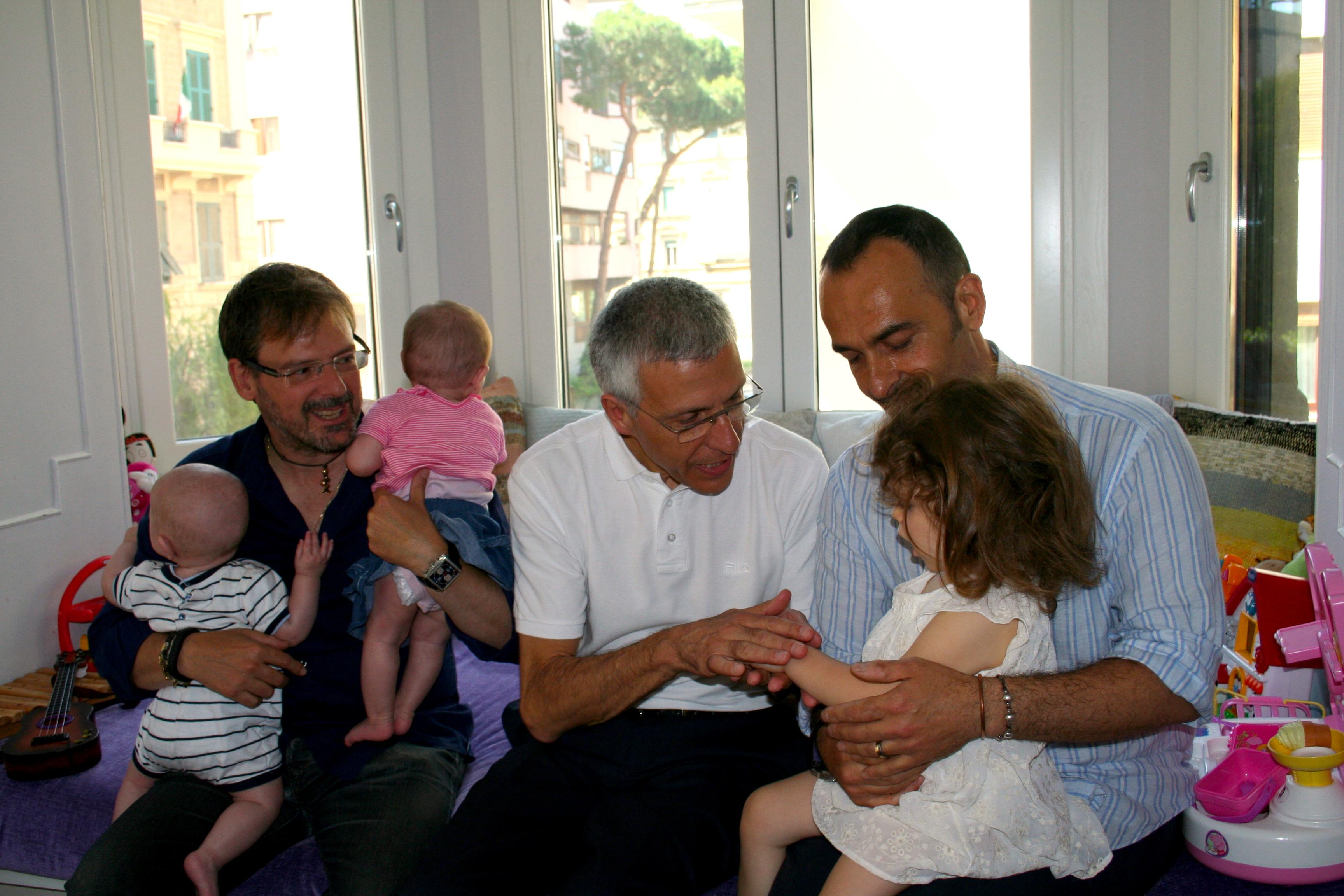 DIETRO I FATTI/ Nieri, Marino e la famiglia arcobaleno