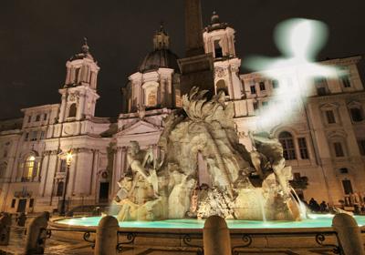 Roma by night in compagnia dei fantasmi del passato