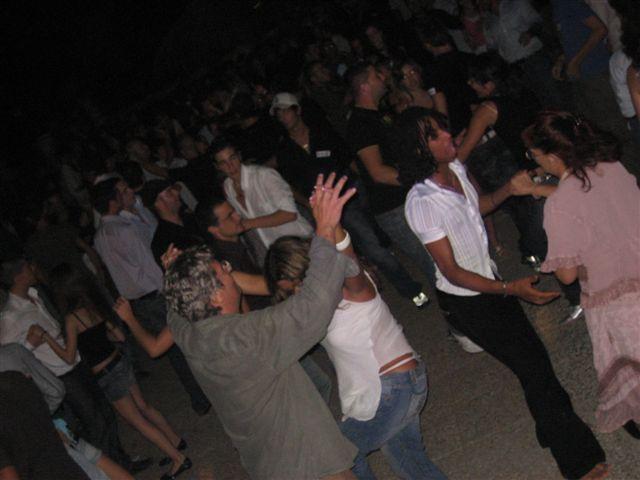 FREGENE/Sordina alle discoteche e alle feste sulla spiaggia