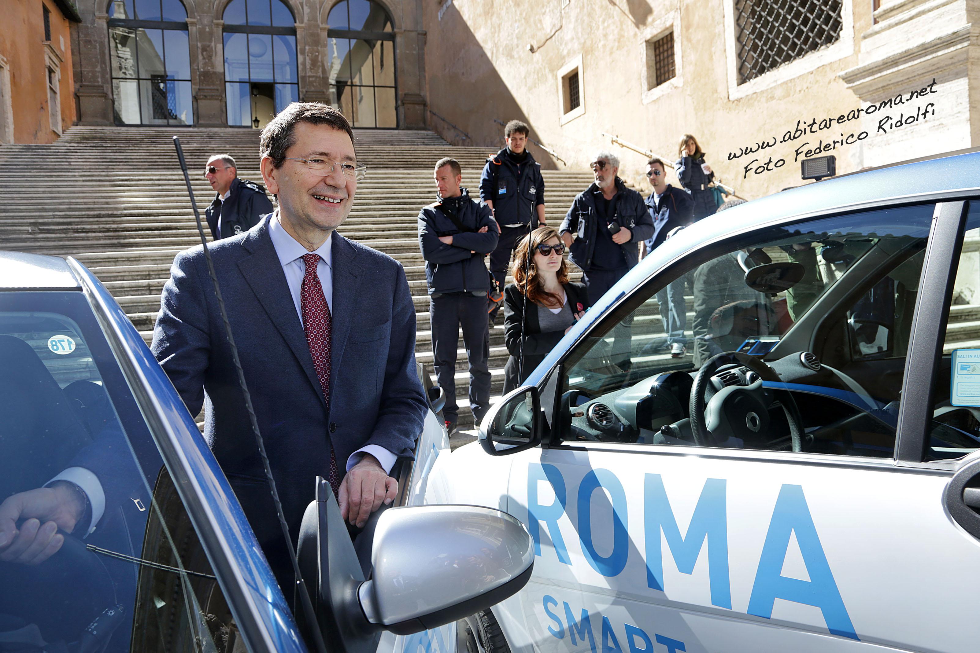 Allarme rosso, Marino vuole una Roma tutta a piedi