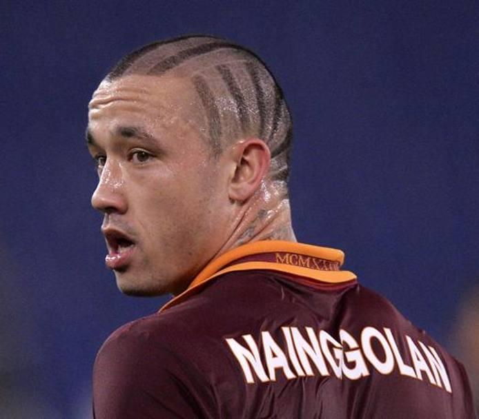 Roma, Castan migliora e Nainggolan litiga su twitter. Fra poche ore il ritorno in Italia