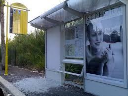 Atac, le pensiline di bus e tram si rifanno il look: completata la prima fase del restyling