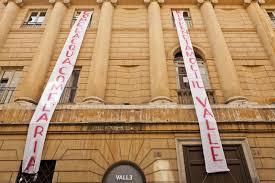 Blitz degli ex occupanti al Teatro Valle: