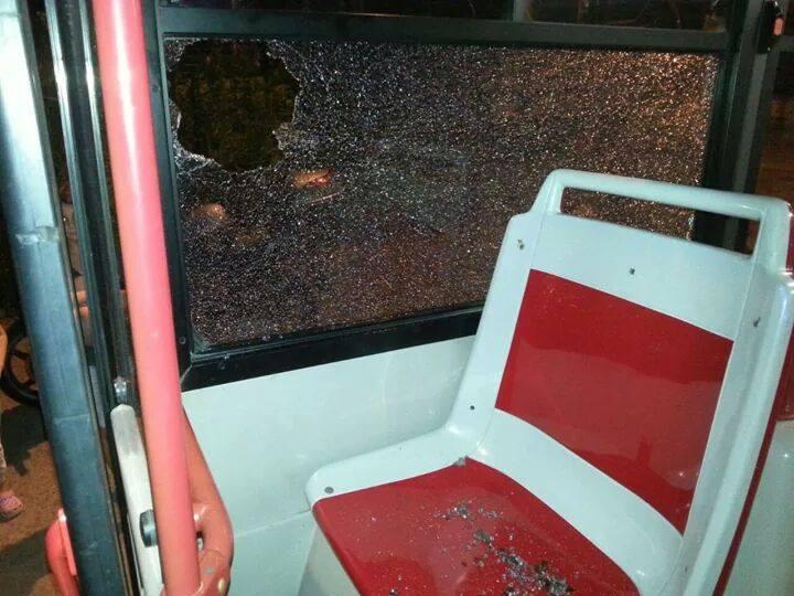Dopo gli assalti ai bus i cittadini se la prendono con gli immigrati