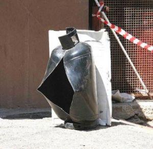 San cesareo esplode bombola del gas ferito un 78enne - Bombola gas cucina ...