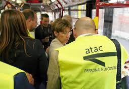 Atac, accordo con i sindacati sul piano anti-evasione: arrivano 330 controllori