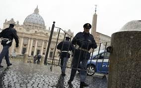 Terrorismo, dopo gli allarmi raddoppiata la sicurezza in Vaticano