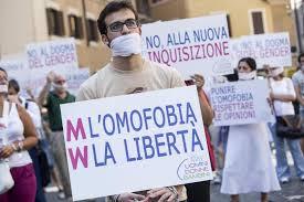 Omofobia, dalla Regione 120mila euro contro il fenomeno a scuola. Alfano torna ad attaccare Marino