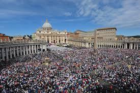 Vaticano, oltre 40mila fedeli a San Pietro per la beatificazione di papa Paolo VI