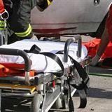 Incidente, sulla A1 un pulmino si schianta contro un camion in sosta: tra i 6 morti anche una bimba