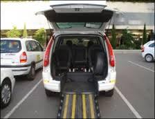 Trasporti, per i disabili non solo bus collettivi ma anche taxi: la proposta della giunta