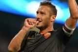 Champions, Roma a testa alta a Manchester: 1-1 con il City. Totti nella leggenda